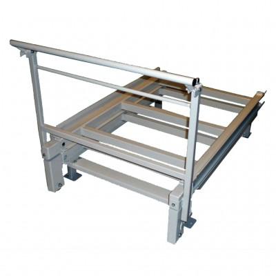 Schubfach zur freistehenden Bodenmontage, mit Auszugskapazität 130 % für Regaltiefe | 1100 mm
