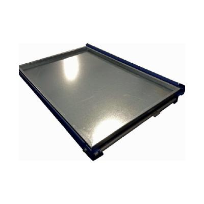 Stahlbodenauflage mit aufgebogenen Kanten für Palettenauszüge